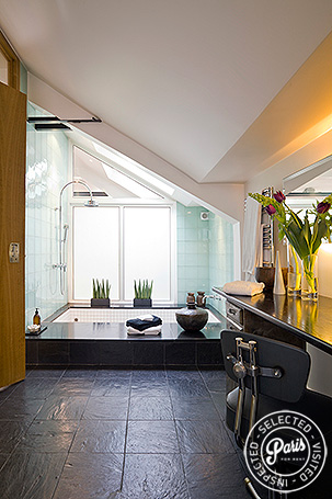 Master bathroom at Movie Loft, apartment for rent in Paris, Opera Vendome