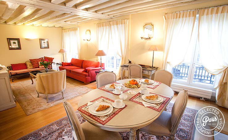 Living and dining room at Marais Elegance, apartment for rent in Paris, Marais