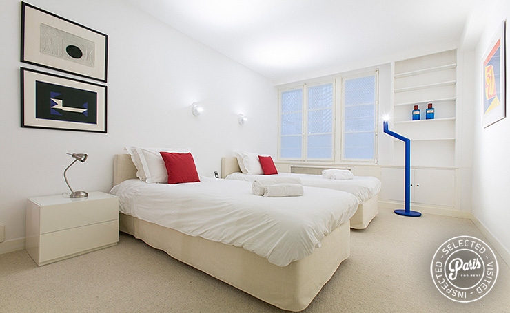 Second bedroom with single beds at St Germain Grenelle, apartment rental in Paris, Saint Germain