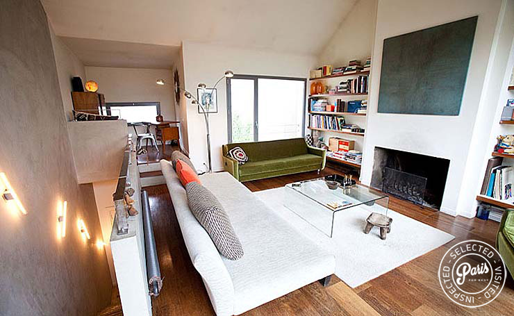 Living room with fire place at Paris Townhouse, apartment for rent in Paris, 10th district