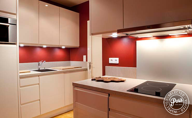 Kitchen in attached studio at Pantheon, Paris vacation rental, Latin Quarter