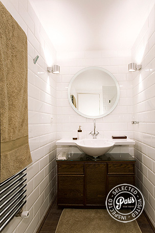 Master bathroom at St Germain Eden, apartment for rent in Paris, Saint Germain
