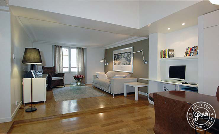 Living area at Place Bourg, vacation rental in Paris, Marais