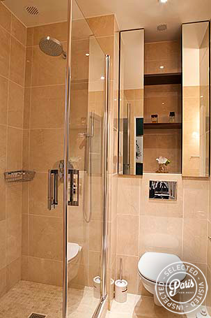 Stand-up shower at Pantheon, Paris vacation rental, Latin Quarter