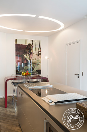 Ultra modern kitchen at Elysee Garden, apartment rental in Paris, Champs-Elysées