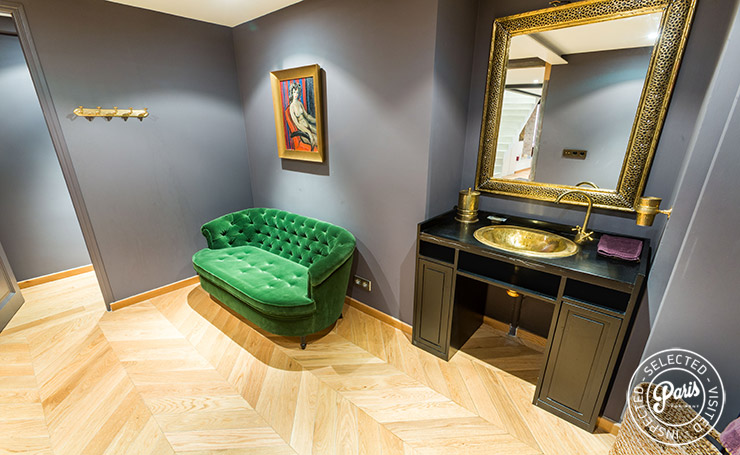 Powder room at Latin Quarter Loft, Paris flat rental, Latin Quarter