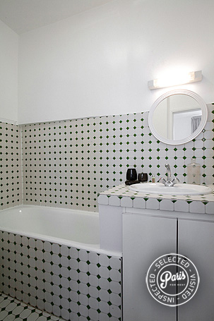Bathroom at Seine, apartment for rent in Paris, Saint Germain