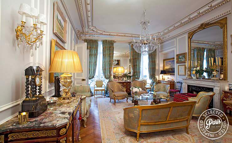 Paris Apartment Rentals George V Suite Luxury 2br 2ba