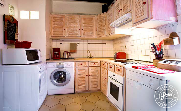 Kitchen at Bourg 2, apartment for rent in Paris, Marais