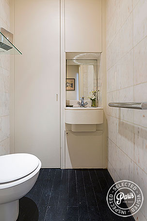 Detached toilet at Anjou Palace, apartment for rent in Paris, Madeleine