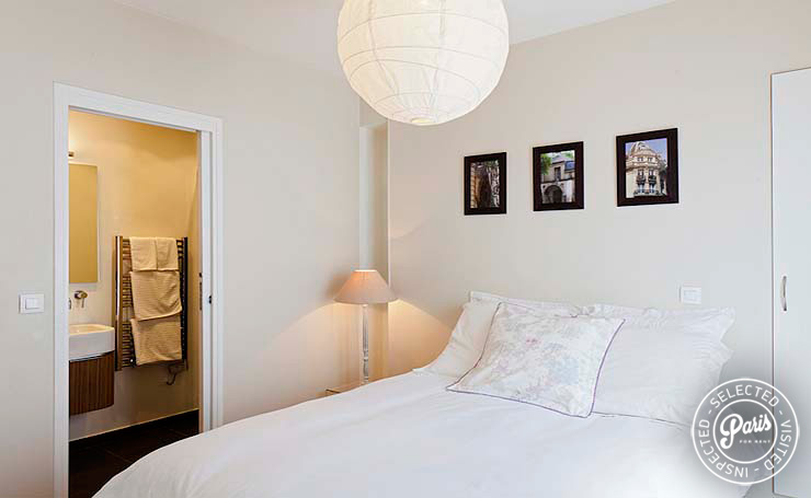 Master bedroom at Mouffetard 2, apartment for rent in Paris, Latin Quarter