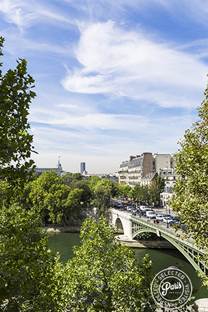 Brigde to Ile Saint Louis from Quai Royal, apartment for rent in Paris, Marais