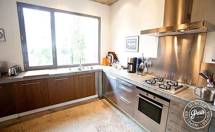Gourmet kitchen at Paris Townhouse, vacation rental in Paris, 10th district