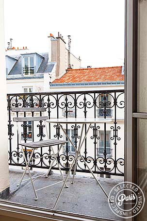 Balcony at Mouffetard 2, vacation rental in Paris, Latin Quarter