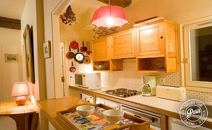 Fully equipped kitchen at Seine, apartment for rent in Paris, Saint Germain