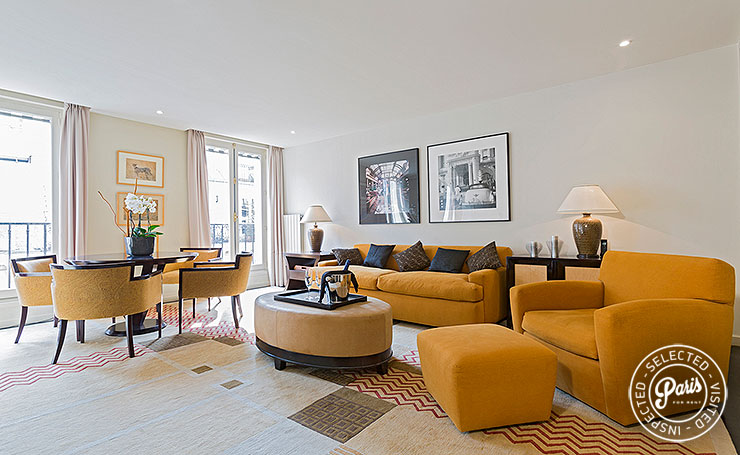 living room at Anjou Palace, vacation rental in Paris, Madeleine
