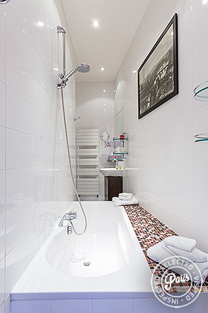 Bathroom with large soaking tub at St Germain Gem, Paris vacation rental, Saint Germain