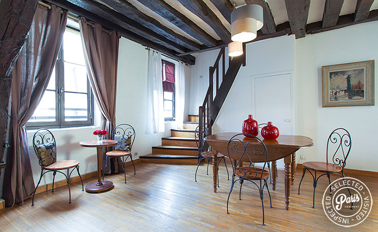 Dining area at Bourg 2, apartment for rent in Paris, Marais