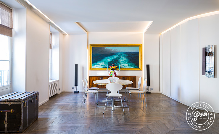 Dining area at Elysee Garden, apartment rental in Paris, Champs-Elysées